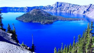 Come take a drive and visit beautiful Crater Lake -